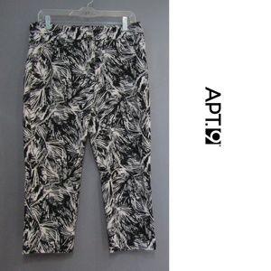 Apt. 9 Black & White Print Cropped Pants Size 8